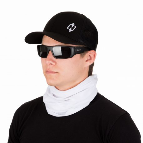 male model in a hat, sunglasses, and solid white neck gaiter